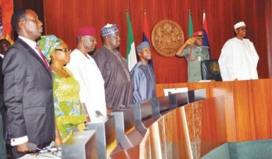 FG awards 12 road contracts for N80bn