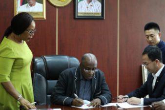 FG signs US$6.68bn contract for Ibadan-Kaduna railway