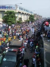 PHOTO: Lagos streets Saturday as President Buhari visits on re-election campaign