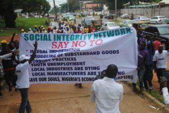 Monitor commercial banks over false import declaration, group tells CBN