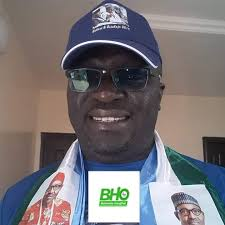 President Buhari condoles with Dr Uche Diala, Coordinator, Buharist Hang Out, on loss of father