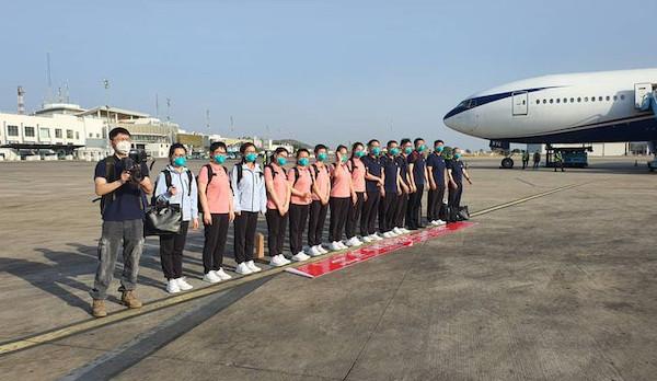 Chinese-COVID-19-medical-team-arrives-Nigeria-q1.jpg